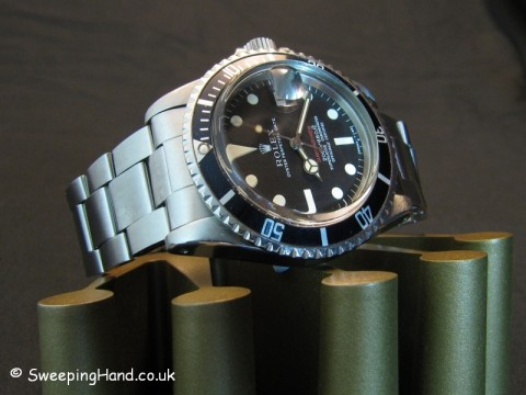 vintage-rolex-red-submariner-1680-metres-first
