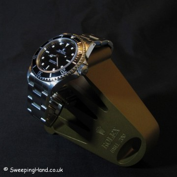 Rolex Submariner 14060M For Sale - Last of the 2 line lug hole