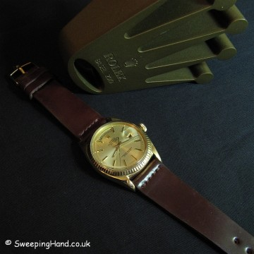 18k Gold Vintage Rolex Day-Date For Sale from 1972 - Bargain!