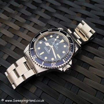 Rolex 5513 Submariner For Sale - Full Box & Papers Collector Set