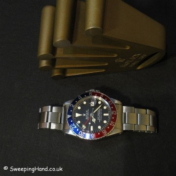1968 Rolex GMT Master 1675 - Full Box & Papers Set
