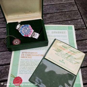 Very Rare Rolex GMT Master 1675 All Red Hand For Sale 1970