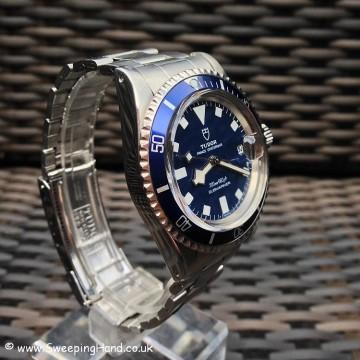 Tudor Submariner Snowflake Date 9411/0