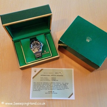 vintage-rolex-submariner-5513-maxi-dial-box-and-service-paper
