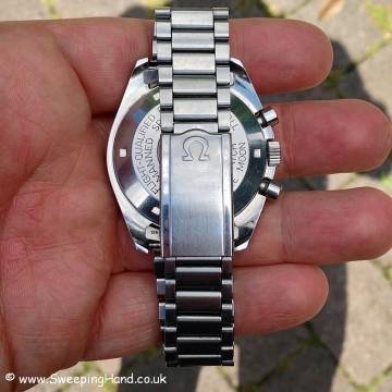 omega-speedmaster-bracelet