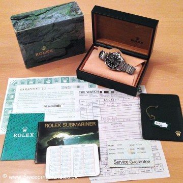 Mint Condition Classic 1996 Rolex Submariner 14060