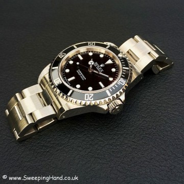 2006 Rolex Submariner 14060M Box & Papers - Last of the classic 2 liners!