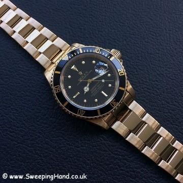 Rolex 18k Gold Submariner 16808 - 1