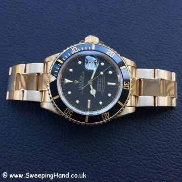 Rolex 18k Gold Submariner 16808 - 10
