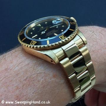 Rolex 18k Gold Submariner 16808 - 7