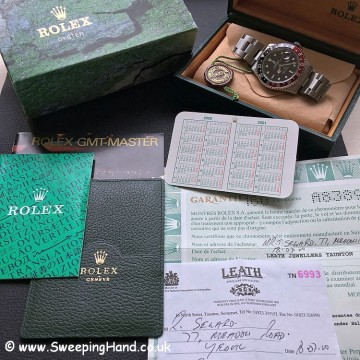 Rolex GMT Master 16710 Box & Papers