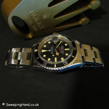 rolex-1680-submariner-red