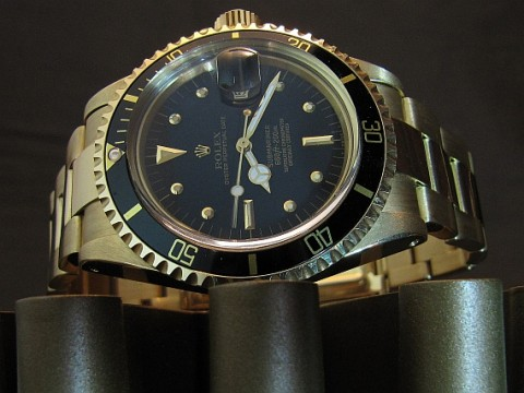 rolex-submariner-1680-gold-picture