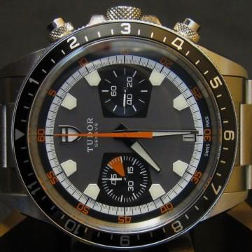 rolex-tudor-heritage-70330n-chronograph-thumbnail
