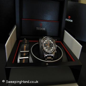 tudor-heritage-70330n-chronograph