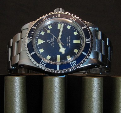 tudor-submariner-94010-snowflake-picture