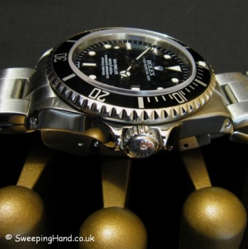 rolex-seadweller-16660-watch