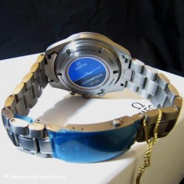 omega-speedmaster-professional-solar-impulse-hb-sia-co-axial-gmt