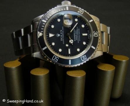 rolex-submariner-16800