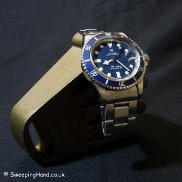 tudor-94110-submariner