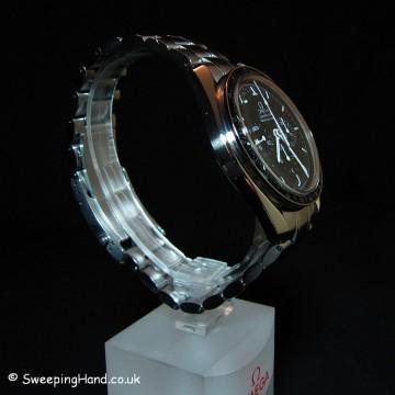 omega-speedmaster-chronograph