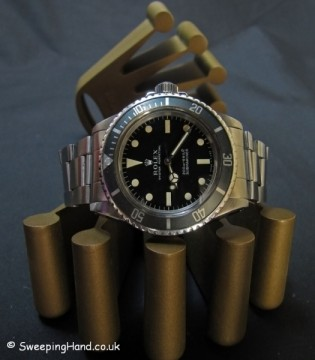 vintage-rolex-submariner-5513-metres-first