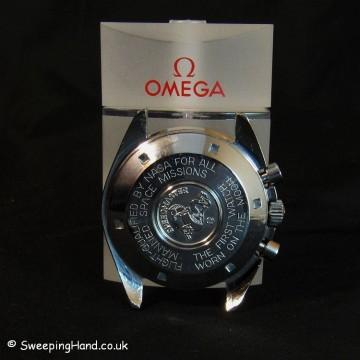 omega-speedmaster-profesional-case-back