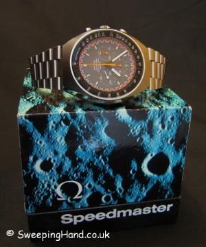 omega-speedmaster-racing-dial