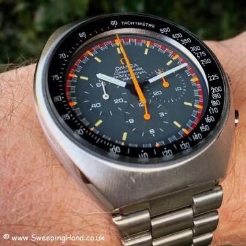 omega-speedmastermk2-racing-dial