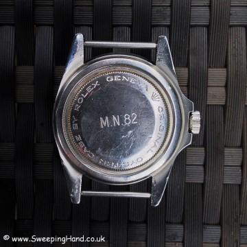 tudor-mn-82-caseback