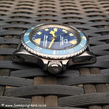 tudor-mn-82-crown-side