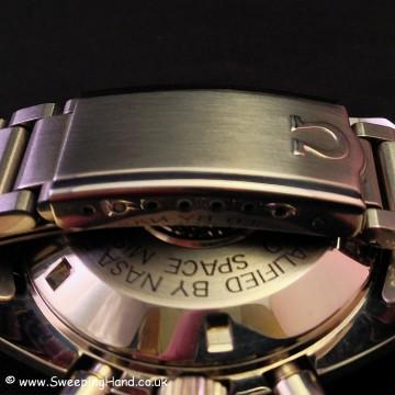 omega-speedmaster-24