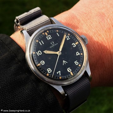 Omega 53 RAF Military Thin Arrow Wrist Shot