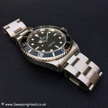 Rolex Submariner 14060M Box & Papers