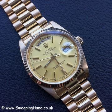 18k Gold Rolex Day Date 18038 - 24