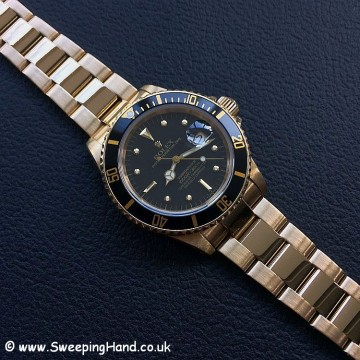 Rolex 18k Gold Submariner 16808 - 1