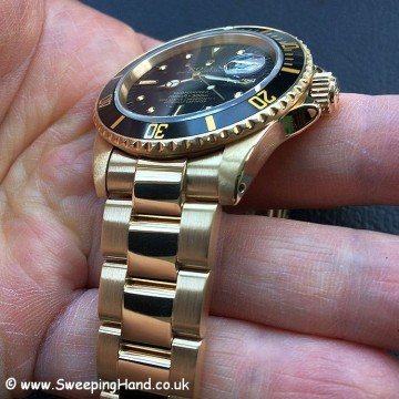 Rolex 18k Gold Submariner 16808 - 13