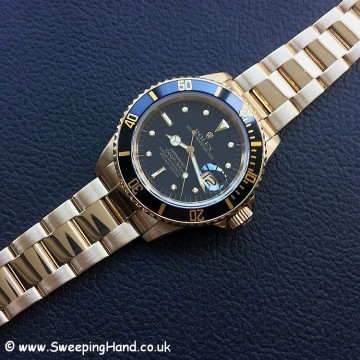 Rolex 18k Gold Submariner 16808 - 2