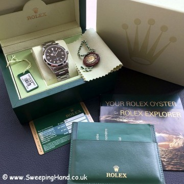 Rolex Explorer 114270 collector set